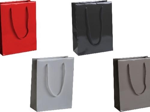 busta-shopper-lusso-elegante-plastificato-lucido-manico-maniglia-rinforzi-risvolti-carta-monopatinata-patinata